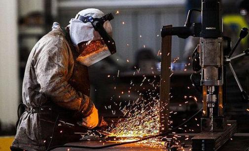 Los trabajadores metalúrgicos cobrarán un bono de 2.000 pesos en enero y marzo