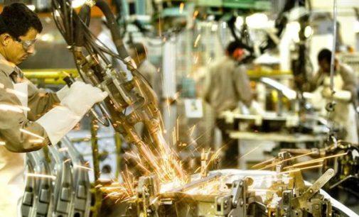 La industria se hundió en febrero un 9,5 por ciento